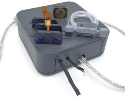 Dies ist die intelligente Sensor-Pumpen-Kombination: mpSmart. Sie besteht aus der Mikropumpe mp6 von Bartels Mikrotechnik und einem Sensor von SENSIRION. Schläuche und Klemmen sind ebenfalls im Set enthalten, das Sie im Online-Shop kaufen können.